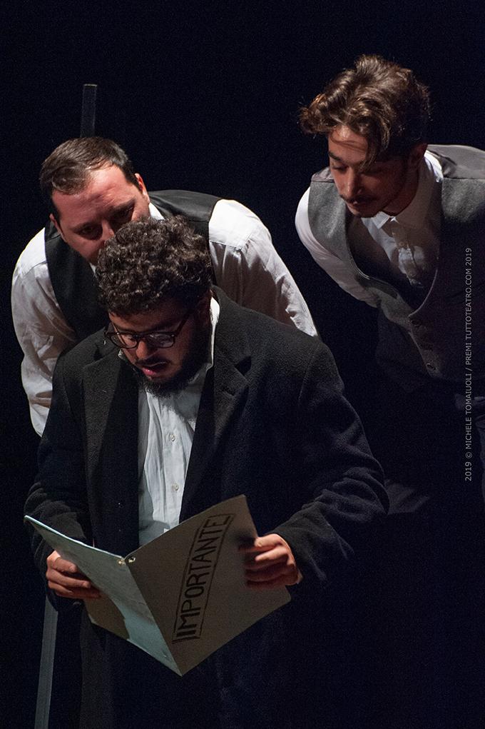 Il cappotto nuovo |  Carlo Geltrude – Nuovo Teatro Sanità