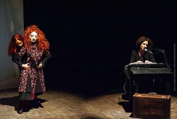 Il cabaret dei vizi capitali - teatrino a due pollici - serena pecoraro - foto di Michele Tomaioli